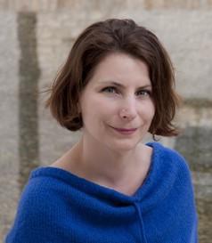Kötéltánc élet és halál között - Németh Eszter regénye a digitális generáció útkereséséről