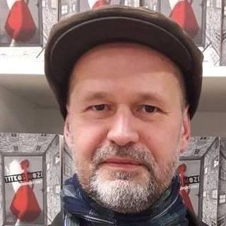 """""""Sötétben minden világosabb"""" - Születésnapi interjú Pacskovszky Zsolttal"""